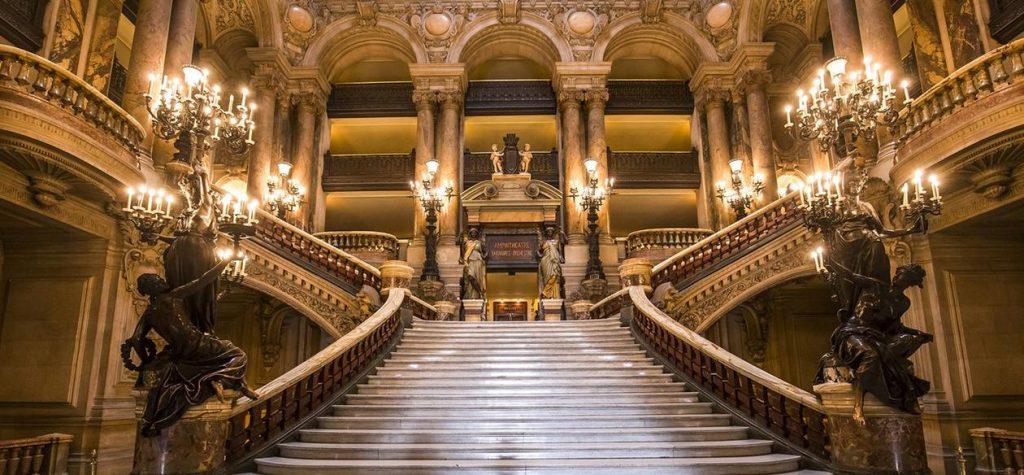 Opéra Garnier staircase with statues, arches, candelabras
